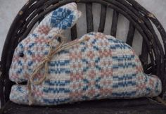 Primitive Vintage Woven Rose/Blue Coverlet Easter Bunny Pillow Tuck Shelf Sitter #NaivePrimitive #auntiemeowsatticprims
