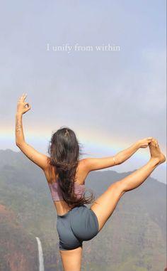 Fitness Inspiration Body, Yoga Inspiration, Fitness Goals, Yoga Fitness, Hitomi Mochizuki, Beautiful Yoga Poses, Calisthenics Workout, Yoga Motivation, Iyengar Yoga