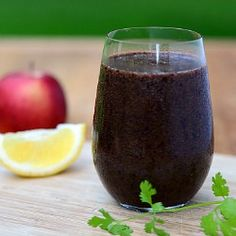 Green smoothie with spinach, blueberries, and more.