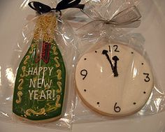 Happy New Year iced cookies...what a great idea for a treat or party favor!
