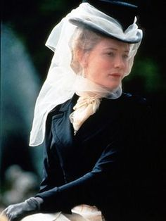 Cate Blanchett as Lady Gertrude in the 1999 adaptation of Wilde's An Ideal Husband. Again, a patchy film: but Blanchett looked wonderful in the late Victorian costumes. Cate Blanchett, Period Movies, Period Dramas, Movie Costumes, Period Costumes, Riding Habit, Elfa, Movie Guide, Netflix Streaming
