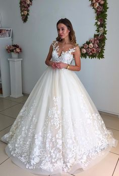 Elegant Ball Gown Wedding Dresses with 3D Floral Appliques