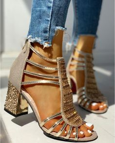 New Woman Sandals Shoes Sandalias Mujer 2020 Summer Style Wedges Pumps High Heels Slip on Bling Fashion Gladiator Shoes Women Chunky Sandals, Chunky Heels, Studded Sandals, High Heel Pumps, Pumps Heels, Gladiator Shoes, Platform Wedge Sandals, Heeled Sandals, Shoes Sandals