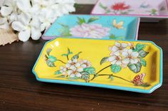antique chinese peach-blossom tray.