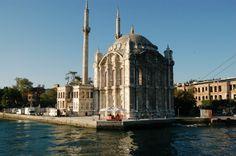 Bateau sur le Bosphore ISTANBUL TURQUIE (75)