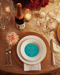 classic gold with a pop of color on a round menu #wedding