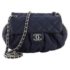 dddd85aa8b73 Chanel Crossbody Bag / Messenger Bag - Chain Around Flap Bag Quilted  Leather Medium Leather