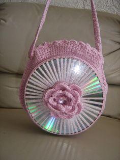 Las curiosidades de Susanitha: 16 IDEAS Bolsos hechos con CD'S reciclados