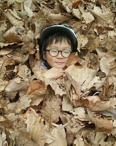 댠토리~^^; 담임선생님께 받은 사진... 아이들 숲 유치원에 보내길 정말 잘 한 듯!