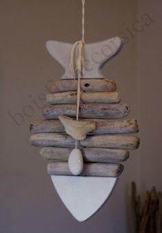 ceramic and drift wood fish Ou pâte à sel et bois, pâte fimo et bois....