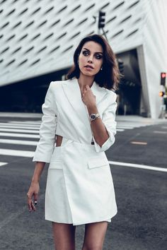 If you're looking for the perfect watch, look no further than this article by Viva Luxury. Yves Saint Laurent, Viva Luxury, Pre Owned Watches, Blazer Dress, High End Fashion, Daily Look, Fashion Brands, Fashion Bloggers, Men Fashion