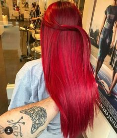 You are in the right place about red hair african american Here we offer you the most beautiful pict Vivid Hair Color, Bright Red Hair, Hair Color And Cut, Cool Hair Color, Cheveux Oranges, Dyed Red Hair, Burgundy Hair, Brown Hair, Coloured Hair