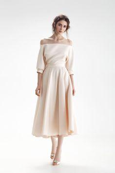 Ideas For Prom Dress Satin Classy Simple Dresses, Elegant Dresses, Pretty Dresses, Beautiful Dresses, Casual Dresses, Short Dresses, Fashion Dresses, Prom Dresses, Formal Dresses