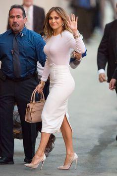 JLo& Guide To Wearing High Heels Jennifer Lopez High Heels Advice Jennifer Lopez Ropa, Jennifer Lopez Outfits, J Lo Fashion, Work Fashion, Fashion Guide, Sexy Outfits, Fashion Outfits, Pencil Skirt Outfits, Business Casual Outfits