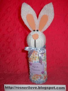 Olha só esta fofura de coelho para rechear de balas nesta páscoa ,feito com o miolo de papel toalha !