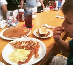 Filling his tank for #breakfast maybe #brunch? We will see if he can eat it all ... #LOVEHIM http://ift.tt/1NlLhvg