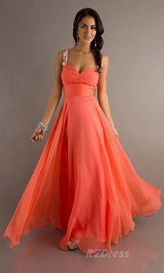 What an elegant dress! The color is not my favorite, but it's still just beautiful!