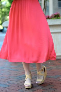 Coral midi dress outfit.