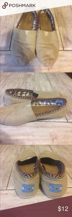 Tan toms with trim detail Tan linen with tribal detail Toms Shoes Flats & Loafers