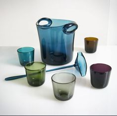 View this item and discover similar for sale at - Bowl set of five glasses, a spoon and a bucket. Design of the Finn Kaj Franck for Nuutajärvi Notsjö. Punch Bowl Set, Vintage Bar, Glass Ceramic, Nordic Design, Glass Design, Colored Glass, Retro, Scandinavian, Glass Art
