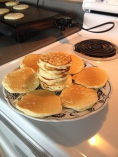 Yummy pancakes!!! Here's the link  http://m.allrecipes.com/recipe/220415/old-fashioned-pancakes/