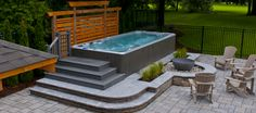 Hydropool, self-cleaning therapy pool