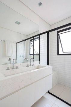 Baño de estilo Ecléctico, con mezlca de estilos... a puro blanco!                                MVCarquitecta