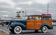 1938 Ford Woody ★