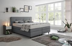 8 Cheap Things to Maximize a Small Bedroom. Living Room Furniture, Living Room Decor, Bedroom Decor, Diy Furniture, Corner Headboard, Grey Bedroom Design, Meditation Room Decor, Living Room Goals, Aesthetic Rooms