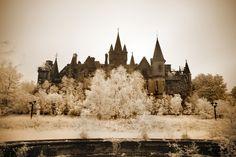 Sepia Storm - Château de Noisy (Miranda) at Opacity: Abandoned Photography