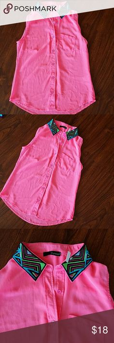 NWT bright pink sleeveless collared blouse small Tag still attached but ripped so very small piece still attached stylebook Tops Blouses