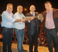 Governador de Rondônia entrega chave do Estado a Deus