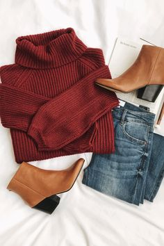 flatlay outfit ideas / brick red sweater turtleneck sweater with tan booties and jeans outfit / minimal classic / minimalist chic outfits / mom style outfits / casual winter outfits Mode Outfits, Casual Outfits, Fashion Outfits, Womens Fashion, Fashion Boots, Rustic Outfits, Formal Outfits, Casual Jeans, Sweater Outfits