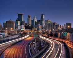Minneapolis has a gorgeous downtown. Nevertheless, one cannot go to Minnesota without visiting the Mall of America Places To Travel, Places To See, Travel Things, Minneapolis Skyline, Minneapolis Minnesota, Mall Of America, Chicago, University Of Minnesota, Silhouette