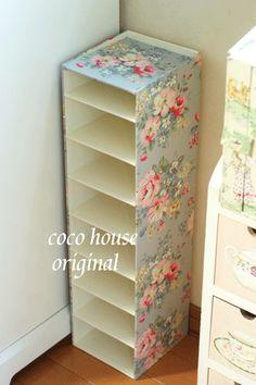 Diy Cardboard Furniture, Diy Barbie Furniture, Cardboard Box Crafts, Diy Furniture Easy, Diy Furniture Projects, Diy Home Crafts, Diy Home Decor, Cardboard Organizer, Diy Recycling
