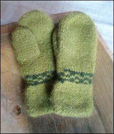 Ullkurven: Sjyvotter/ tovavotter Mittens, Socks, Barn, Knitting, Image, Fashion, Stockings, Moda, Converted Barn