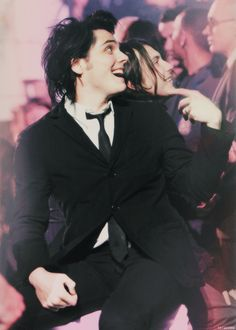 Gerard Way and Frank Iero ~ My Chemical Romance. They look especially cute in this picture ♡