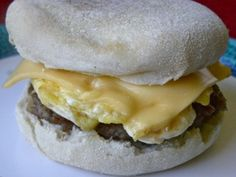 Sausage Egg Sandwich: think I'll try this with turkey sausage and Egg Beaters! Breakfast Sandwich Recipes, Brunch Recipes, Sandwich Ideas, Sausage And Egg, Turkey Sausage, Egg Sandwiches, Homemade Breakfast, Food Inspiration, Food To Make