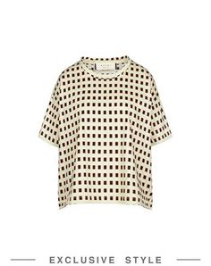 MARNI T-shirt. #marni #cloth #dress #top #skirt #pant #coat #jacket #jecket #beachwear #