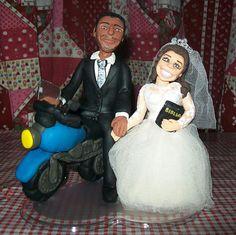 Noivos humanizados - Noivinhos na moto
