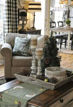 Beautiful Coffee Table Decoration Ideas For Your Christmas 44