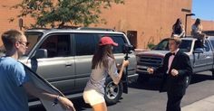 Phoenix teen recreates 'La La Land' intro to invite Emma Stone to prom #Entertainment_ #iNewsPhoto