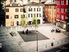 Andrea Oliva — piazza XXIV maggio - reggio emilia