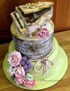Wedding Cakes - a must have stunning pin idea number 4305799635 Beautiful Cake Designs, Gorgeous Cakes, Amazing Cakes, Music Themed Cakes, Music Cakes, Creative Wedding Cakes, Creative Cakes, Big Cakes, Fancy Cakes