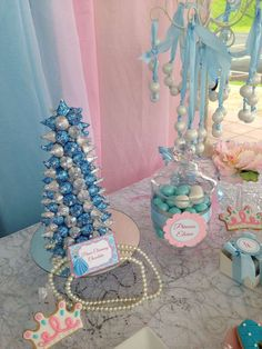 Cinderella Birthday Party Ideas | Photo 9 of 15 | Catch My Party