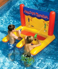 Challenge friends to hit the target with a steady stream of water to see who's the pool playtime champion. This classic arcade-style game is sure to delight little swimmers!