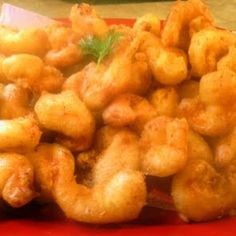 beer batter shrimp Recipe - Yummy this dish is very delicous. Let's make beer batter shrimp in your home! Battered Shrimp Recipes, Beer Battered Shrimp, Seafood Boil Recipes, Fish Recipes, Great Recipes, Favorite Recipes, Beer Batter Recipe, Homemade Beer, Best Dishes