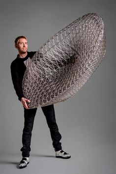 Modern Furniture // Janne Kyttanen has designed the Sofa So Good a printed lattice structure chair, that has been coated in high polish copper chrome. Sofa Design, Furniture Design, Modern Furniture, Metal Furniture, Cheap Furniture, Impression 3d, Deco Design, 3d Design, Design Miami