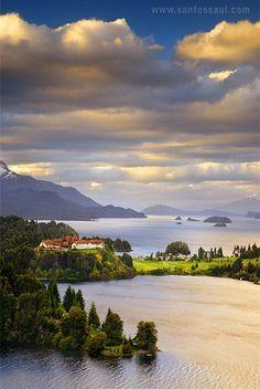 Hotel Llao Llao, Lago Moreno y Nahuel Huapi, Bariloche, Rio Negro, Region de Los Lagos, Patagonia, Argentina