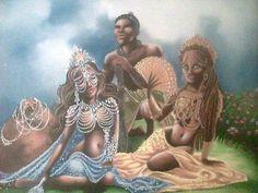 Oxum passeava na floresta brincando com os animais, que são seus amigos, desfilando seu ar coquete e sensual. Foi assim que Ogum - homem rud...